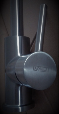 AQUILA Hydria Pull-Out INOX